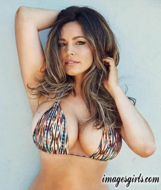 kelly brook 2017 calendar official65987