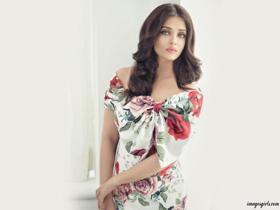 Aishwarya Rai Beautiful Hot Photos