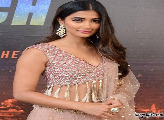 Pooja Hegde Photoshoot At Sakshyam Movie Motion Poster