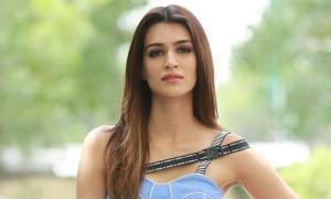 Kriti Sanon on not having worked with Khans, Akshay and Hrithik:I'm not sad, but I'm hopeful