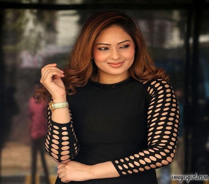 Nikesha Patel Hot Photos at Upcoming Movie Naatkal