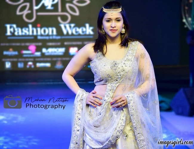 Mannara Chopra Pics At AP Fashion Week Stills