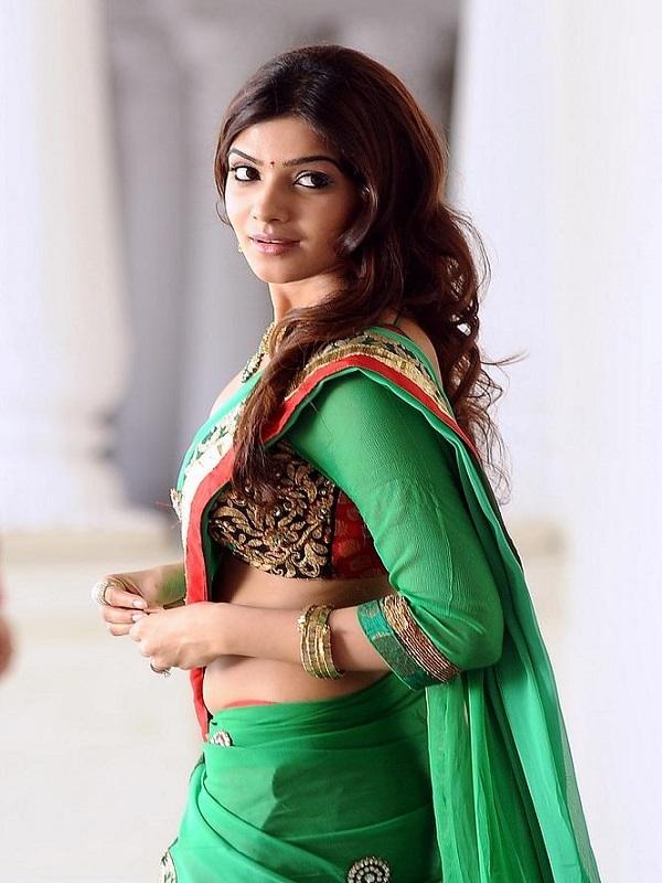 Samantha Hot Photos In Green Saree
