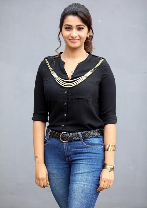 Priya Bhavani Sankar Latest Spicy Photo Shoot