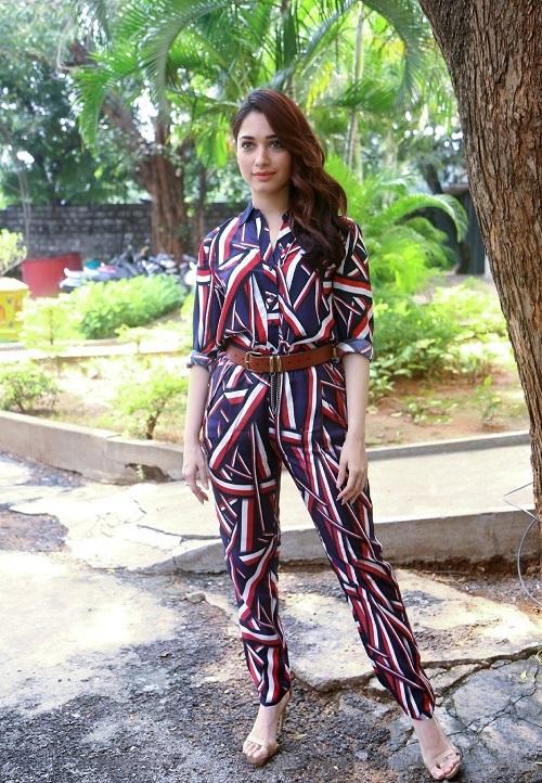 Tamannah Bhatia Hot stylish Pics