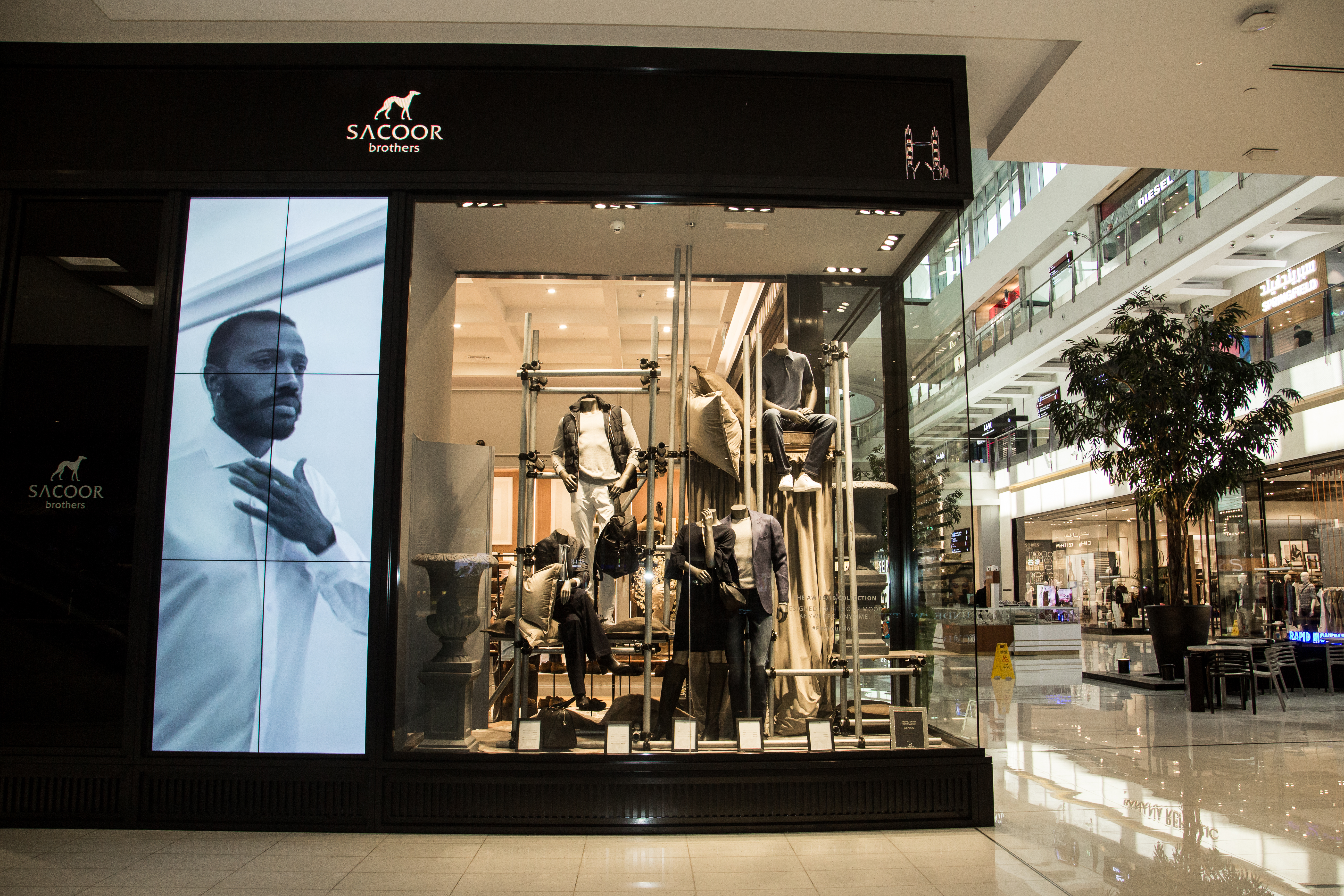 Sacoor Brothers re opens flagship store at The Dubai Mall