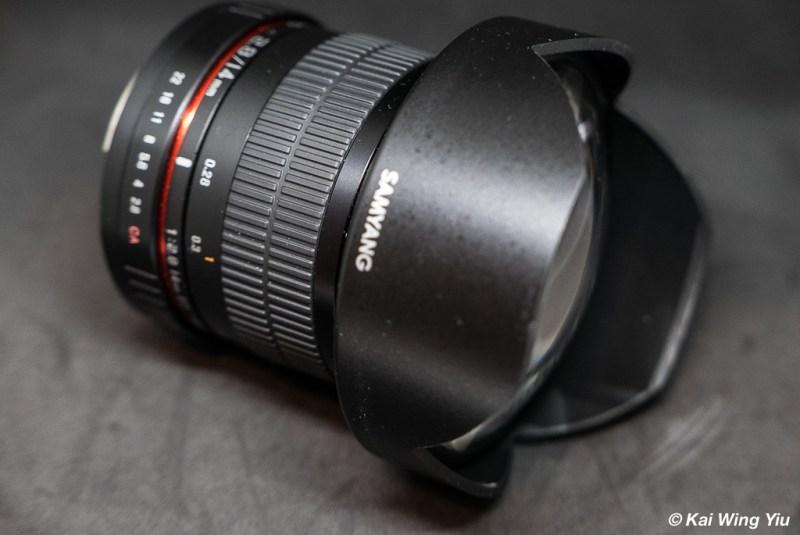 Samyang 14mm f/2.8 side view