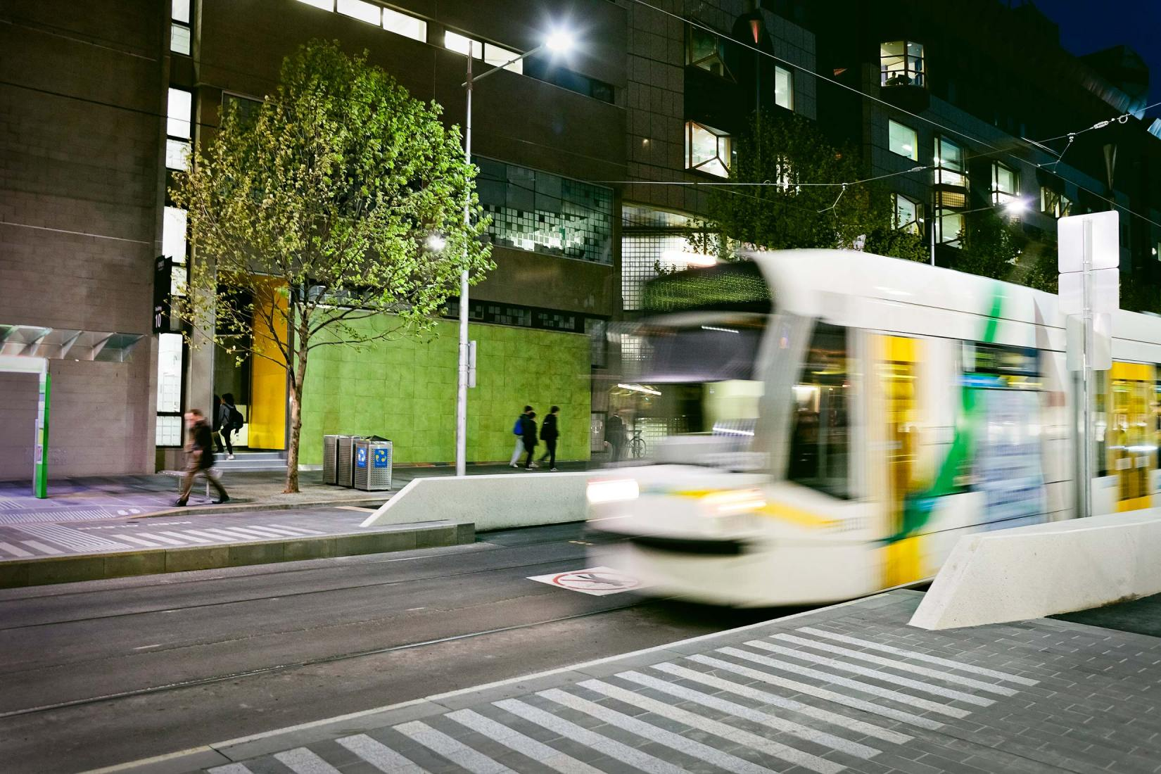 PWS002-028-Image-Workshop-melbourne-photographer-urban-transit-tram