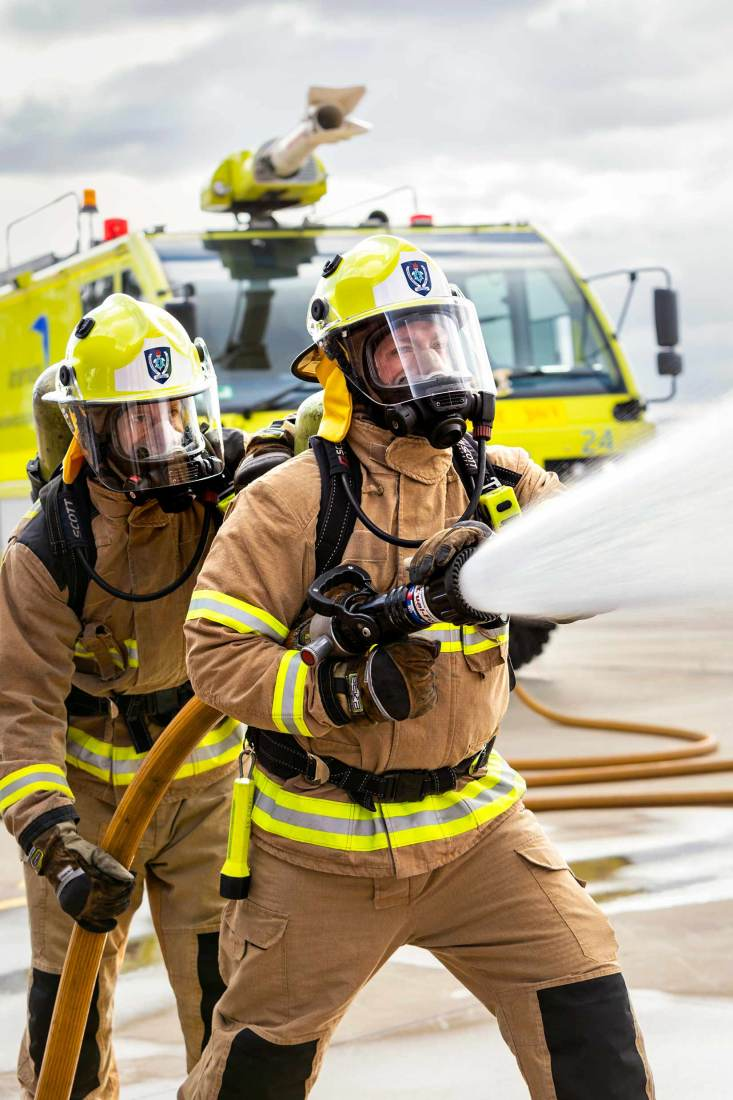 18106-3066-Image-Workshop-Melbourne-firefighter-fire-fighting-photography