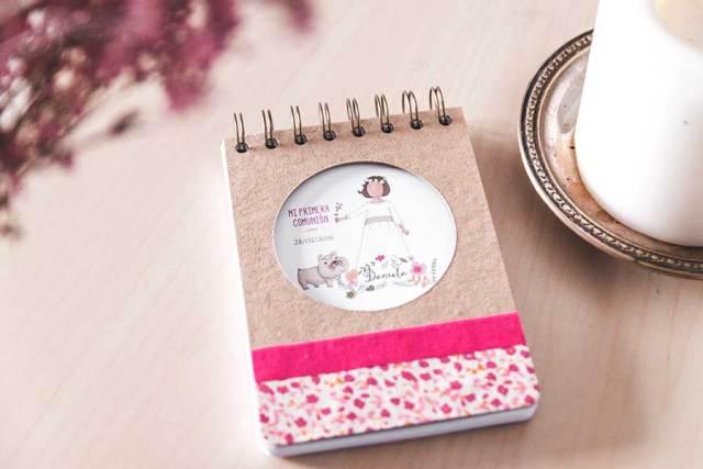 libreta comunión rosa fucsia dibujo personalizado mascota