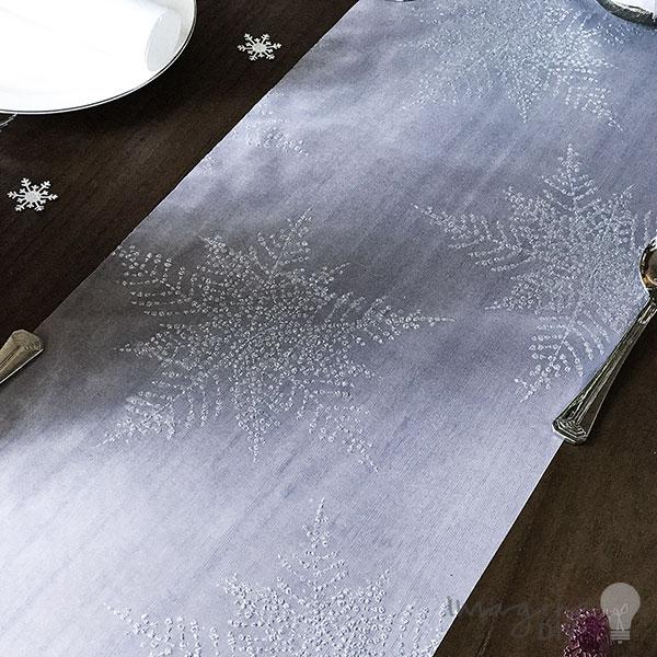 Frozen White Pristine Table Runner   2.5 Metre Roll