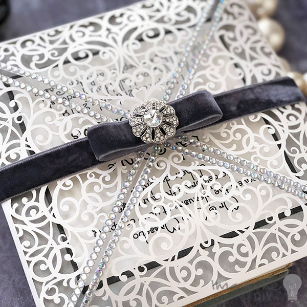Make your own vintage style laser cut invitations. Gatsby, 1920 art deco wedding ideas. Silver and white weddin