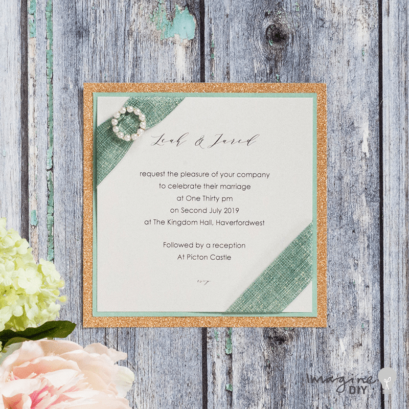 DIY wedding invitation with pearl buckle. Sage Green and Rose Gold wedding ideas. DIY wedding stationery supplies. How to make your own wedding invitation. Imagine DIY. DIY wedding stationery