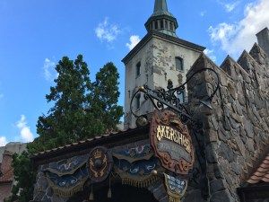 The Ultimate Guide to Character Meals at Walt Disney World Resort