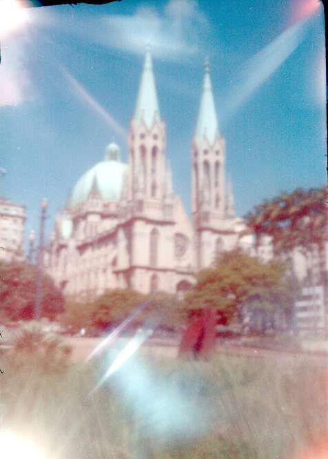 Catedral da Sé feita com a Rubikon 2. Filme Kodak 400.