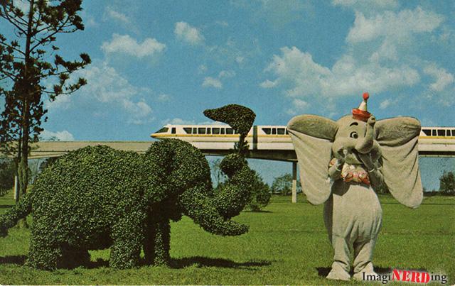 Vintage Walt Disney World Topiary Postcard
