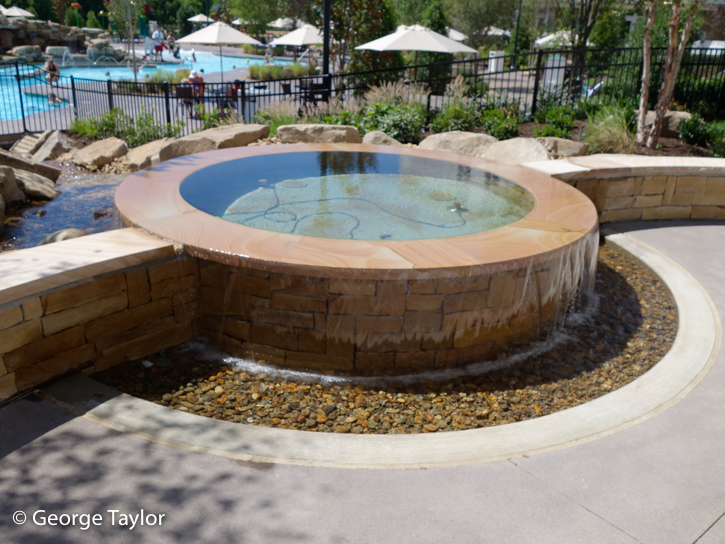 Dollywood-DreamMore-Pool-Activities-15