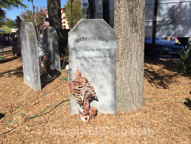 carowinds-tombstone-016