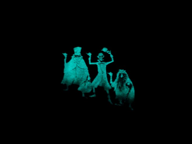 haunted-mansion-surrell-2015-glow-cover