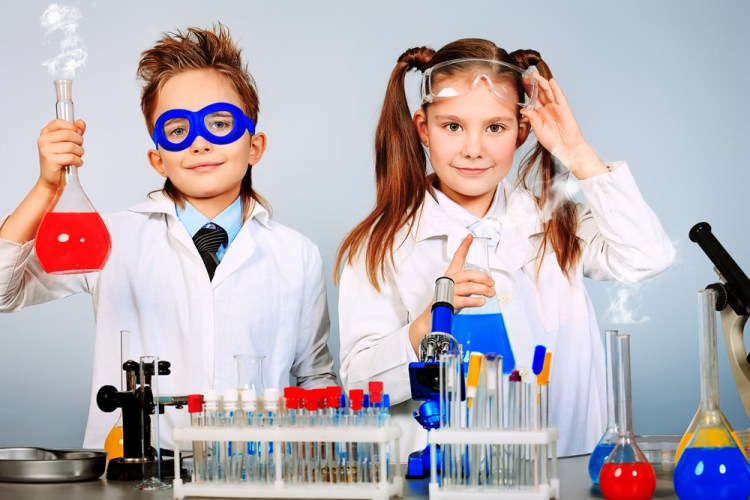 Join us for our fascinating hands-on Science camps.