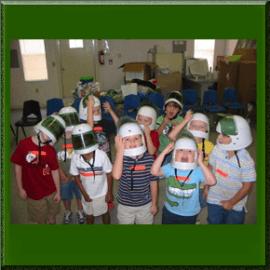 classwithastronauthelmet
