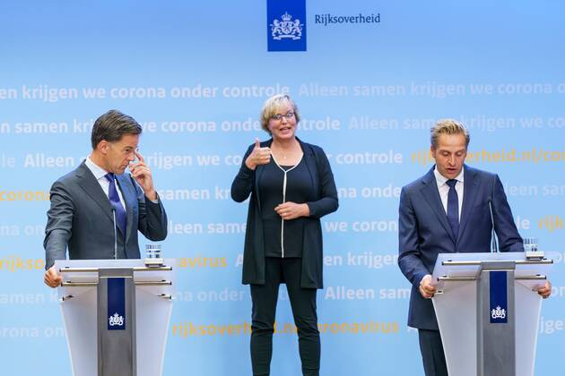https www imago images de offers 391565 news politik niederlande mark rutte pressekonferenz in den haag db stock