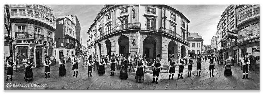 Gaiteiros con Agarimo, Comprar fotografía Galicia Fiestas de Galicia A Coruña Agarimo de Catabois decoración