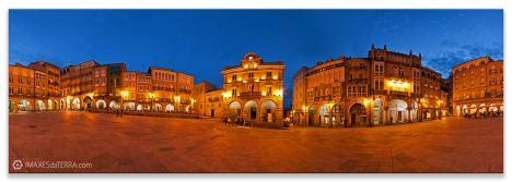 Ourense  máxico noite, Comprar fotografía de Galicia Ourense Praza  Maior Vista Nocturna Decoración Panorámica