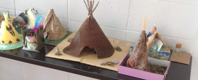 Sloan Hendrix 5th And 6th Grade Students Present Native American And