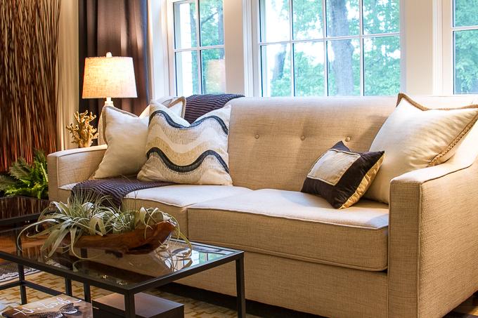 Budget Decorating: Apartment Living Room - Sofa