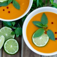 Curry Carrot Sweet Potato Soup