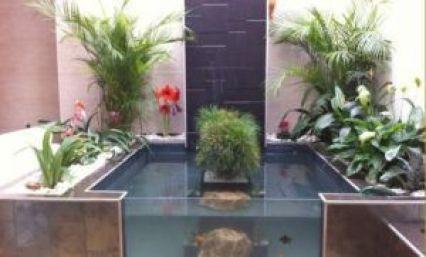 Ideas para decorar patios interiores y traseros