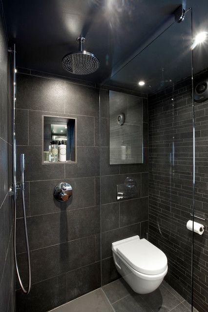 Decoración de baño en tonos oscuros