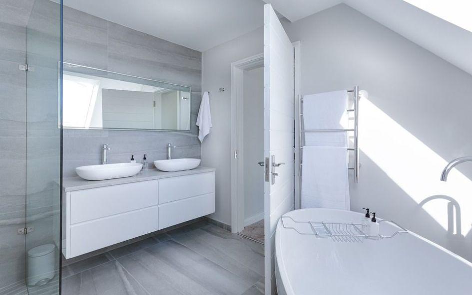 Los 3 estilos más importantes para la decoración - minimalista baños