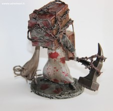 Collector - The Evil Within - The Keeper Bobblehead - image 08