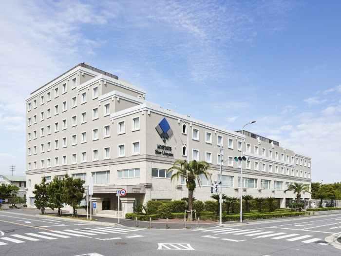 マイステイズ新浦安コンファレンスセンターの外観