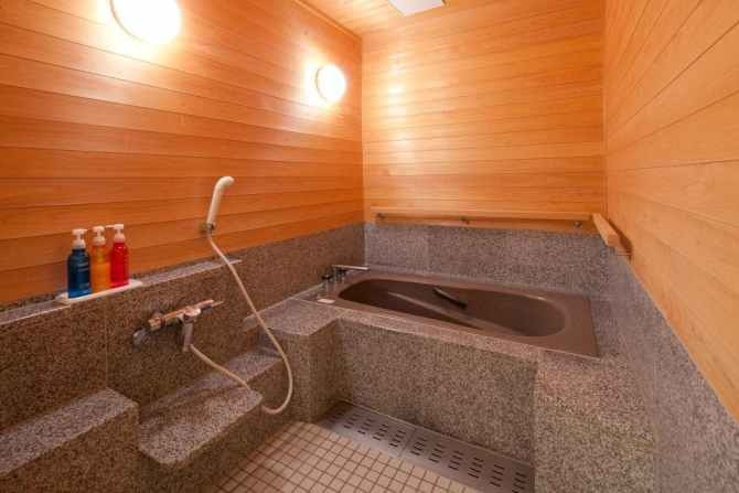 【水上館】和室10畳+リビング+ベッドルームのバリアフリータイプ客室(客室風呂)