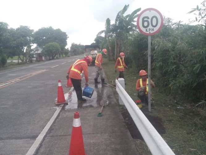 DPWH fixes, installs safety signs, rumble strips in accident prone slippery road in Ocampo, Camarines Sur