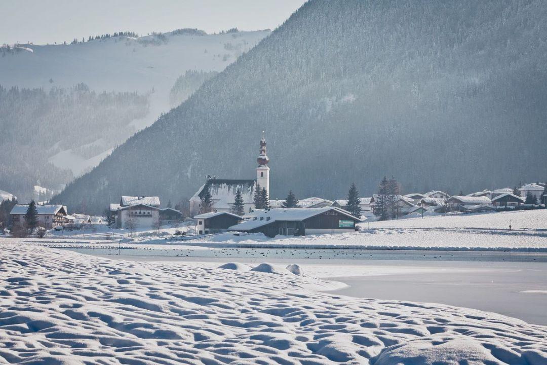 kitzbueheler-alpen-pillerseetal-st.-ulrich-am-pillersee-ortsansicht-winter-tvb-pillerseetal-1