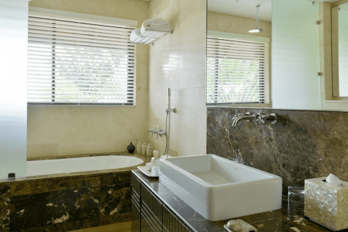 Anahita Mauritius Four Seasons Resort superbe villa style contemporain. immobilier-swiss.ch-5