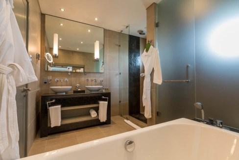 Appartement de 211m2 dans un style contemporain face au Golf et l'Océan13