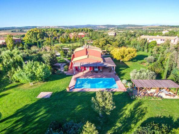 toscane          toscane villa                                   Villa immergée dans un parc privé clôturé d'environ 6700 m2 - Toscane Villa immergée dans un parc privé clôturé d'environ 6700 m2 - Toscane    