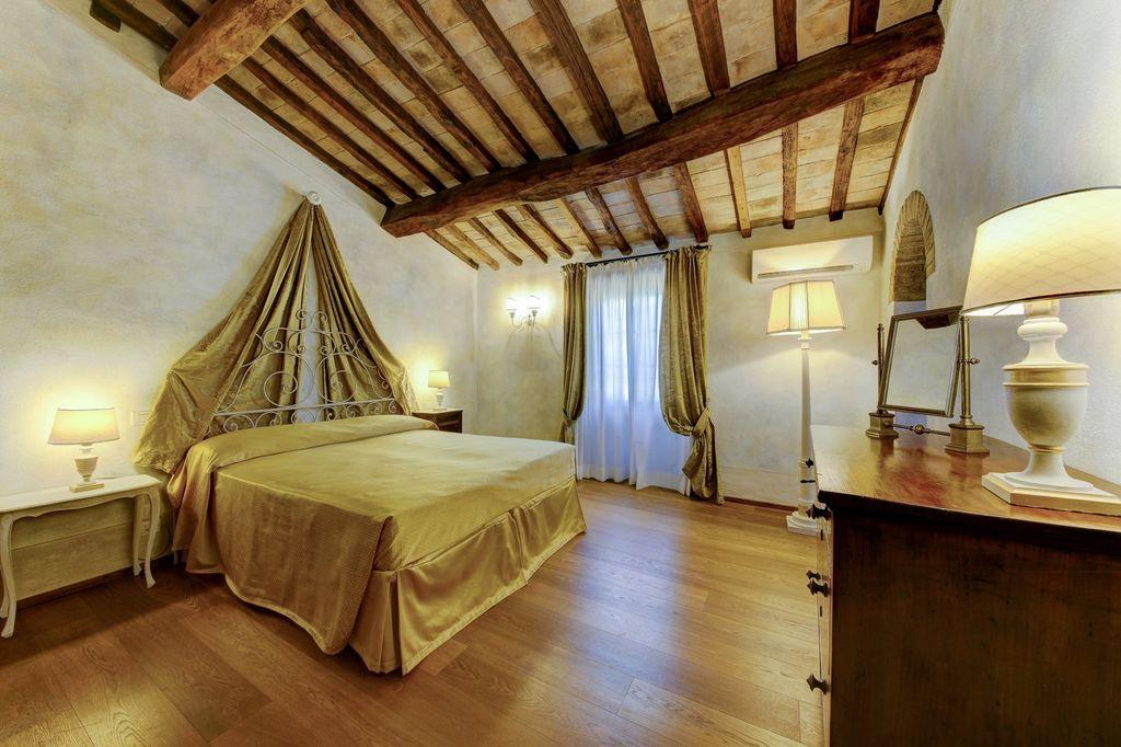 realestate.italy.tuscany24