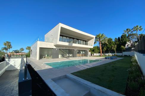 Villa sur un terrain de 841 m2 vous pourrez profiter de la Costa del Sol 12