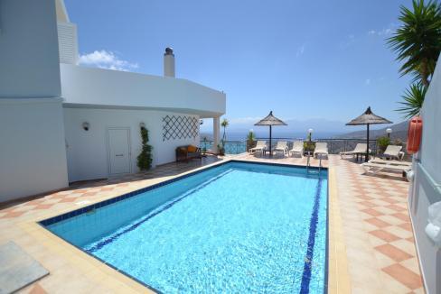 Vue panoramique sur la Méditerranée villa 4 chambres 220m2 licence EOT7