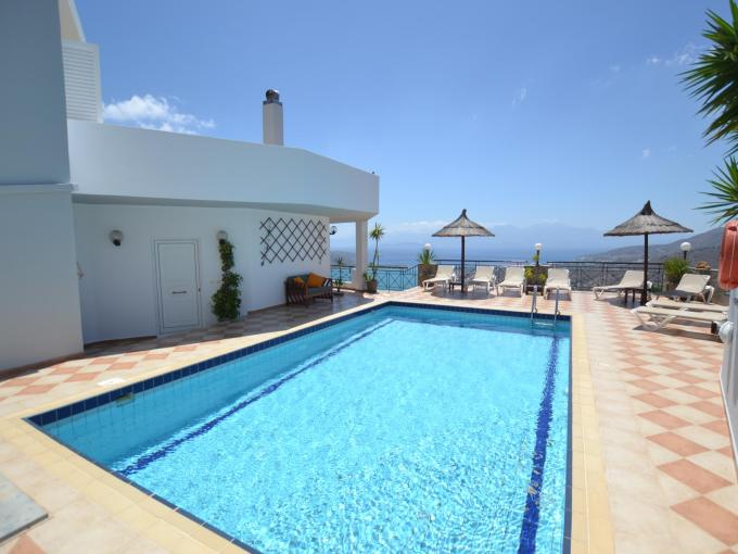 Vue panoramique sur la Méditerranée villa 4 chambres 220m2 licence EOT