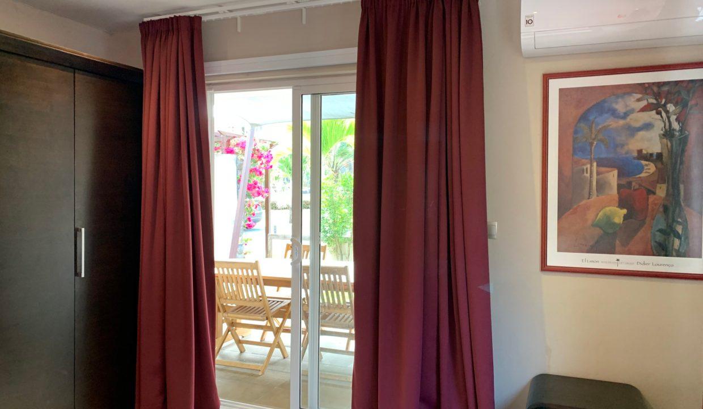 Appartement de 3 chambres pied dans l'eau à vendre Trou d'Eau Douce72