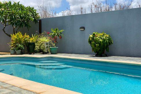 Jolie villa sécurisée avec vue sur mer et les îles du Nord à Calodyne1
