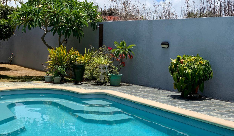 Jolie villa sécurisée avec vue sur mer et les îles du Nord à Calodyne3