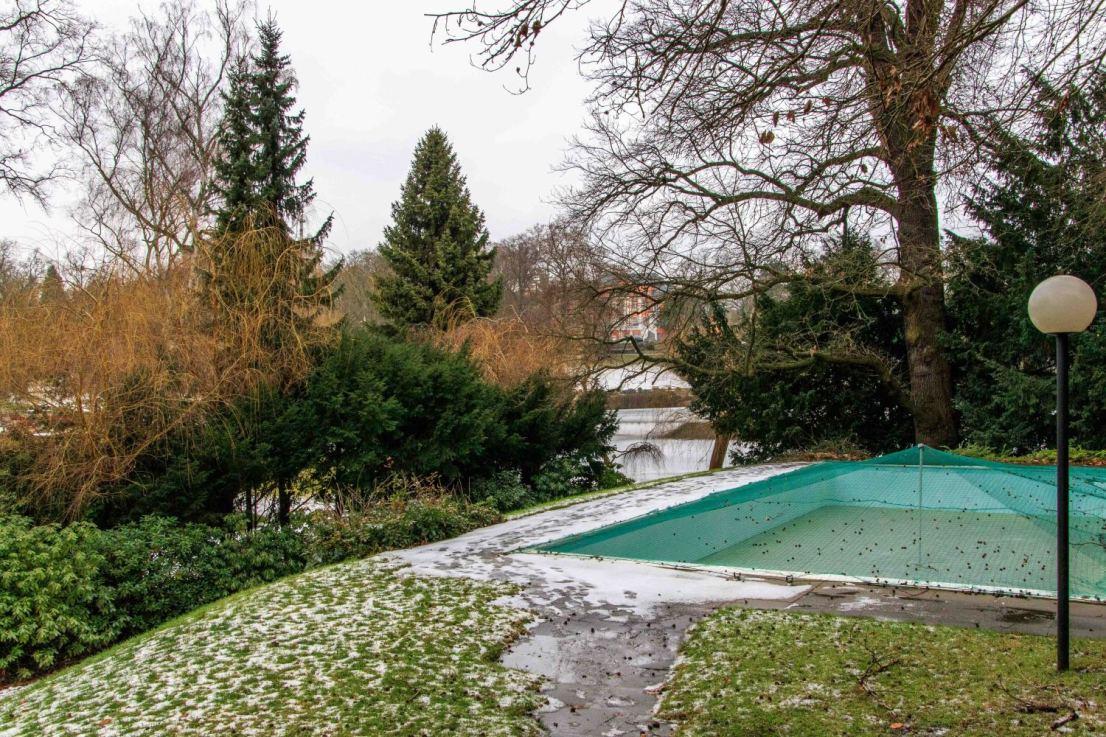 Außenpool - Maisonettewohnung Berlin zu verkaufen